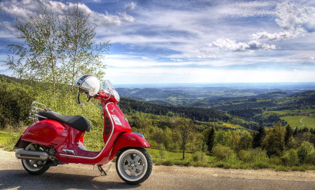 buy online d1b93 013e9 Vespa Tour Of Chianti