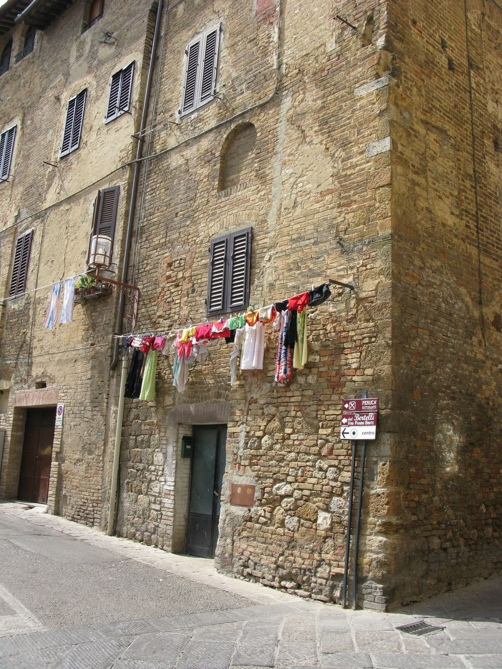 italy sweepstakes italian laundry on pinterest laundry venice and smelly 186