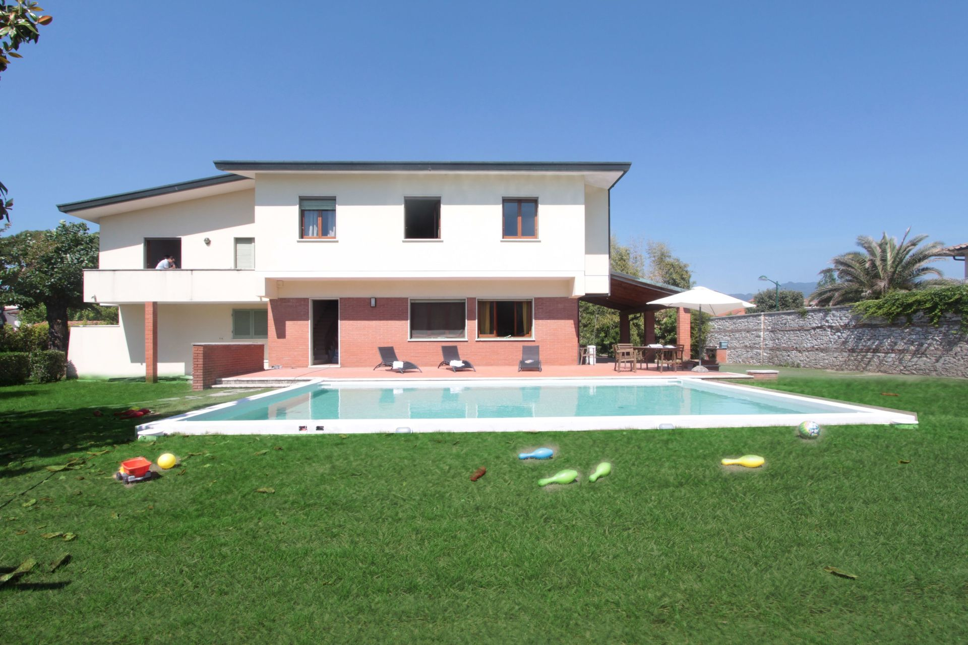 Italian Case Forte Dei Marmi mauro's house: villa that sleeps 11 people in 6 bedrooms