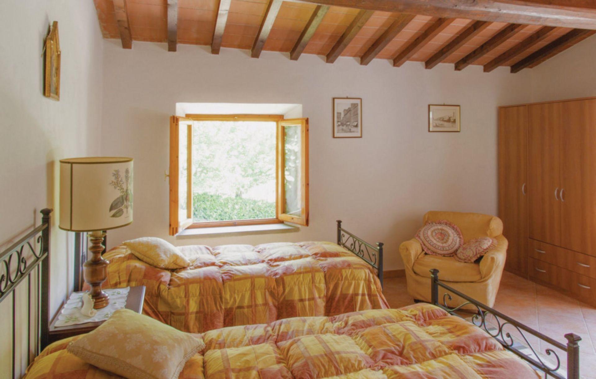 Baco casa vacanze con 8 posti letto in 4 camere for Branson cabin rentals 4 camere da letto