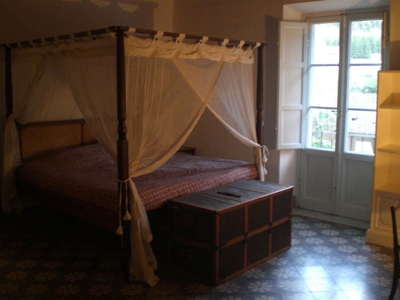 Byron house posti letto 6 in 3 camere casa vacanza a for Piani casa 6 camere da letto