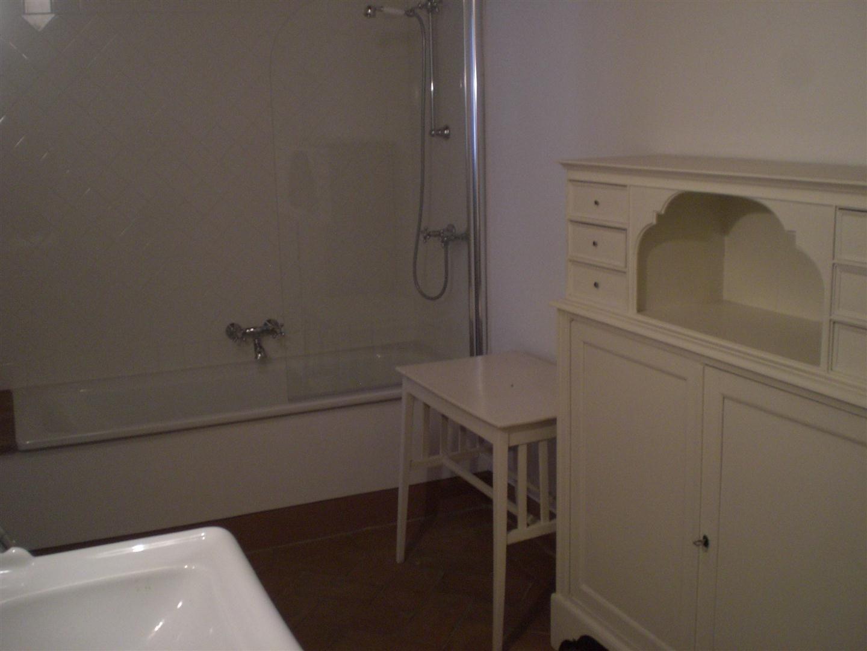 Teresa house posti letto 5 in 3 camere casa vacanza a for 3 piani casa 3 bagni