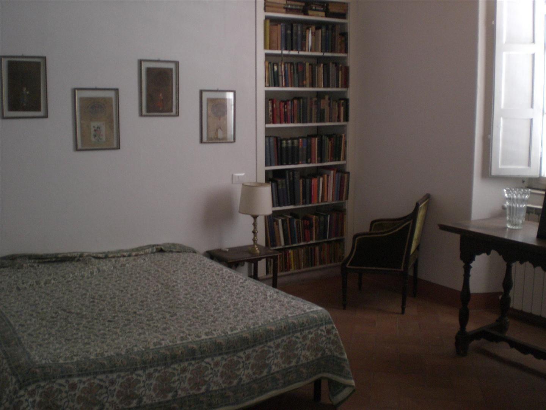 Teresa house posti letto 5 in 3 camere casa vacanza a for Piani di casa con due master suite al primo piano
