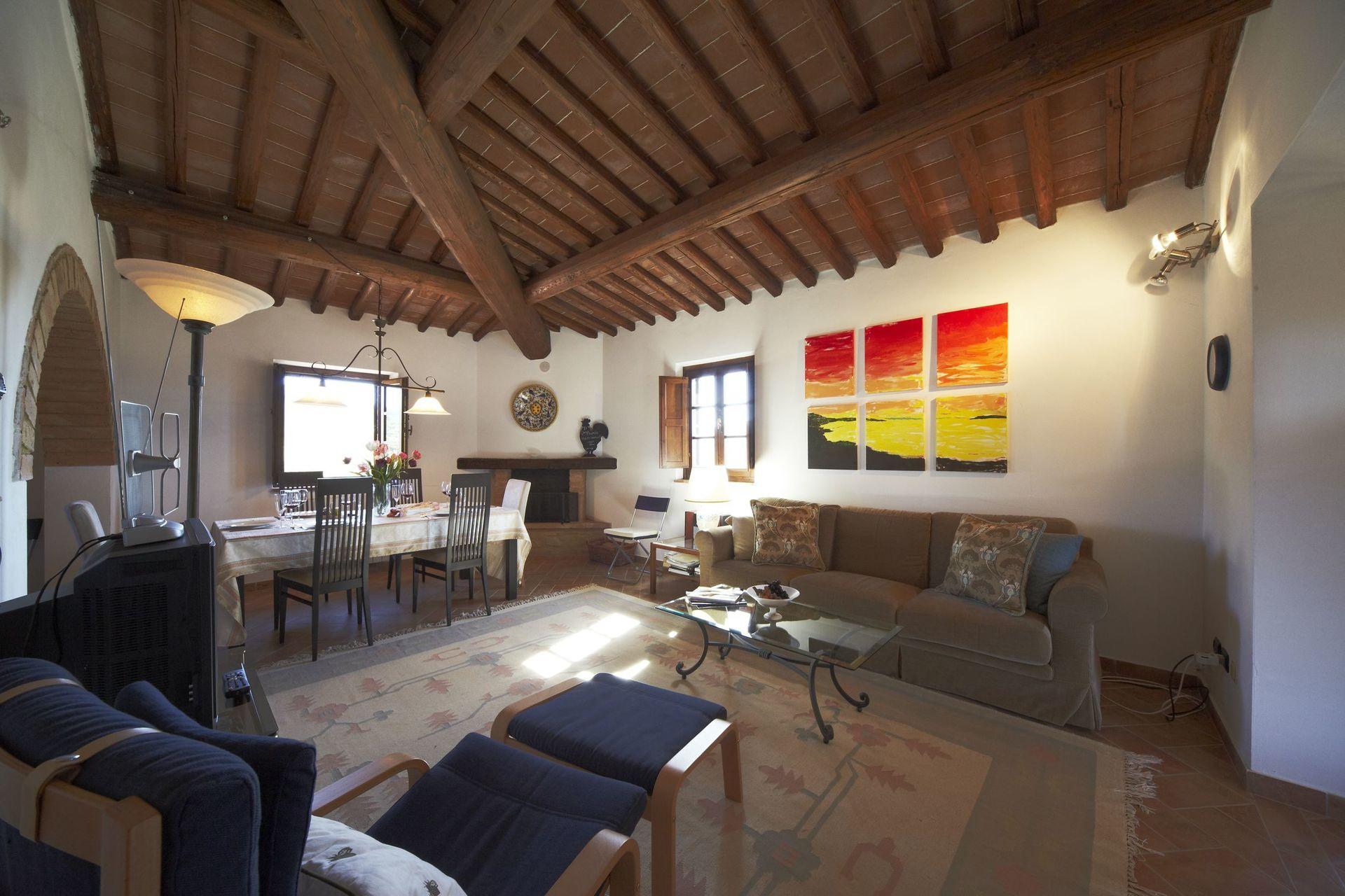 Appartamento collinella casa vacanze con 4 posti letto for Branson cabin rentals 4 camere da letto