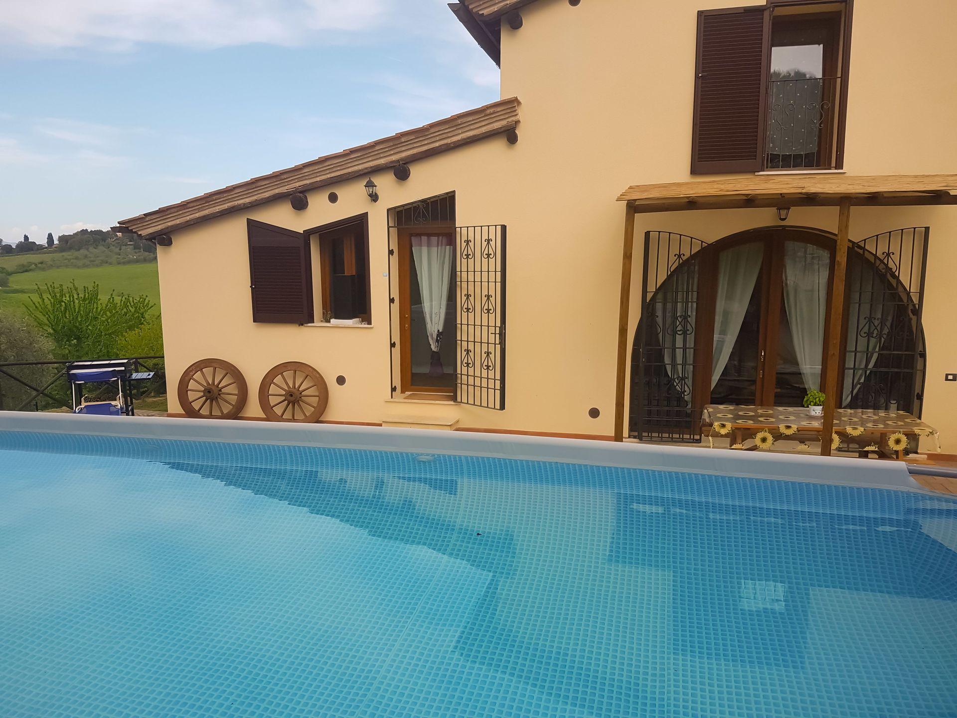Villas Near Siena Italy villa degli olivi: villa that sleeps 6 people in 3 bedrooms