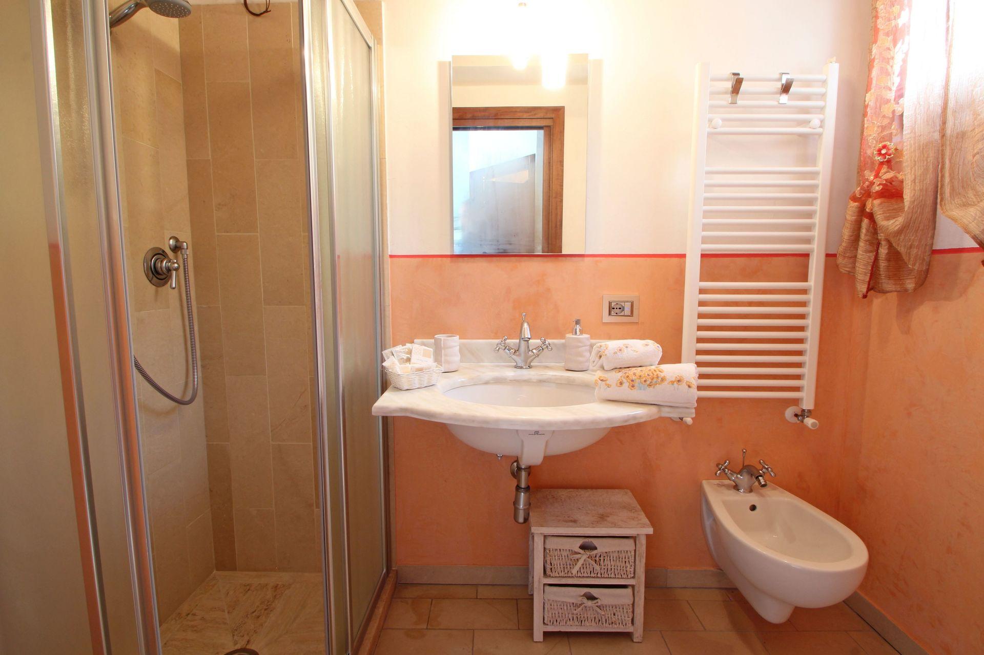 Il ruscello casa vacanze con 4 posti letto in 1 camere for Branson cabin rentals 4 camere da letto