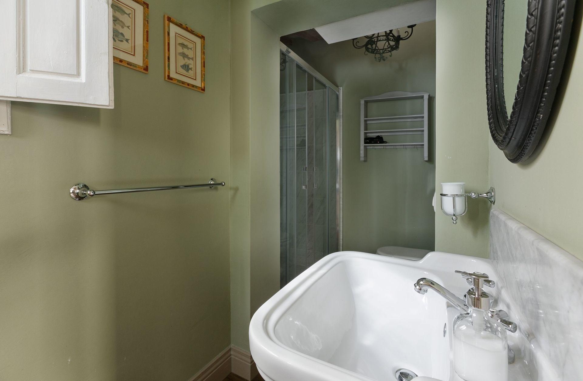 Santa croce luxury casa vacanze con 6 posti letto in 2 - Camere da letto firenze ...