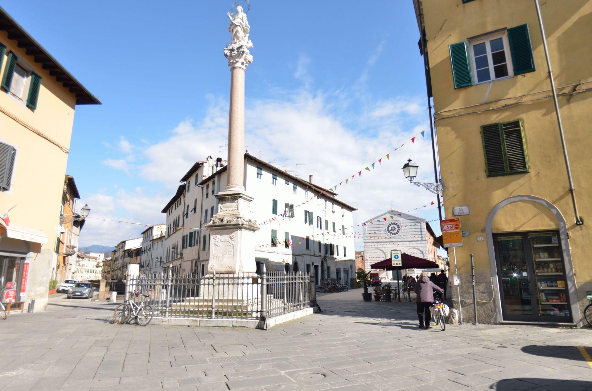 Language In 45 And 47 Stella Street: Lucca Villa Vacation Rental Casina Bella Di Lucca That
