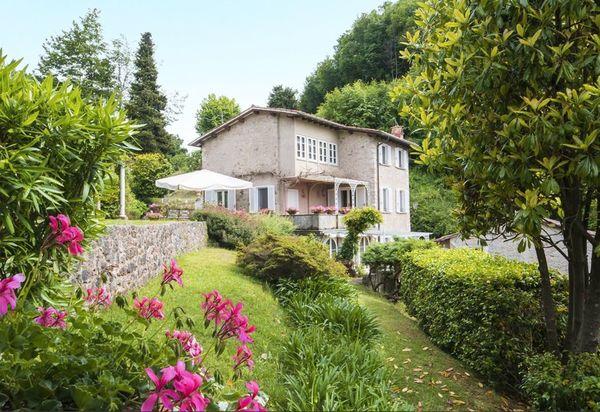 Giardinia Pietrasanta Orario : Ville di lusso in marina di pietrasanta case vacanza di lusso in