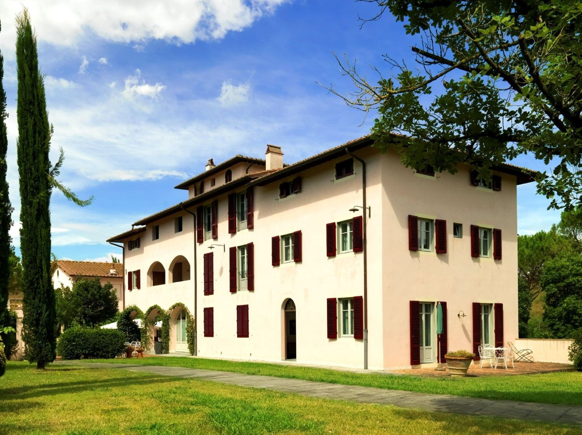 Beauty At Home Castelfiorentino agriturismo la canonica: villa that sleeps 15 people in 8