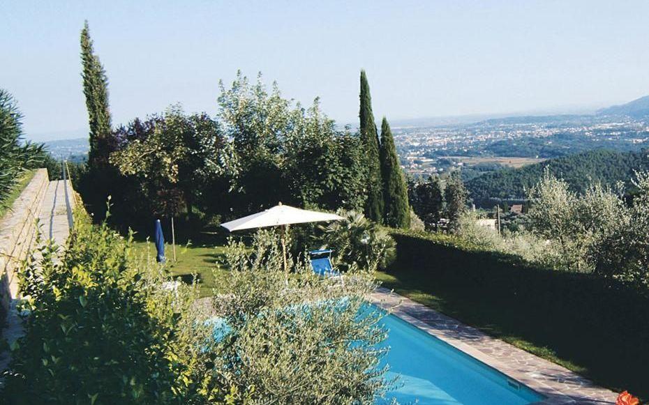 Letto A Castello Toscana.Al Castello Casa Vacanze Con 6 Posti Letto In 3 Camere Lucca