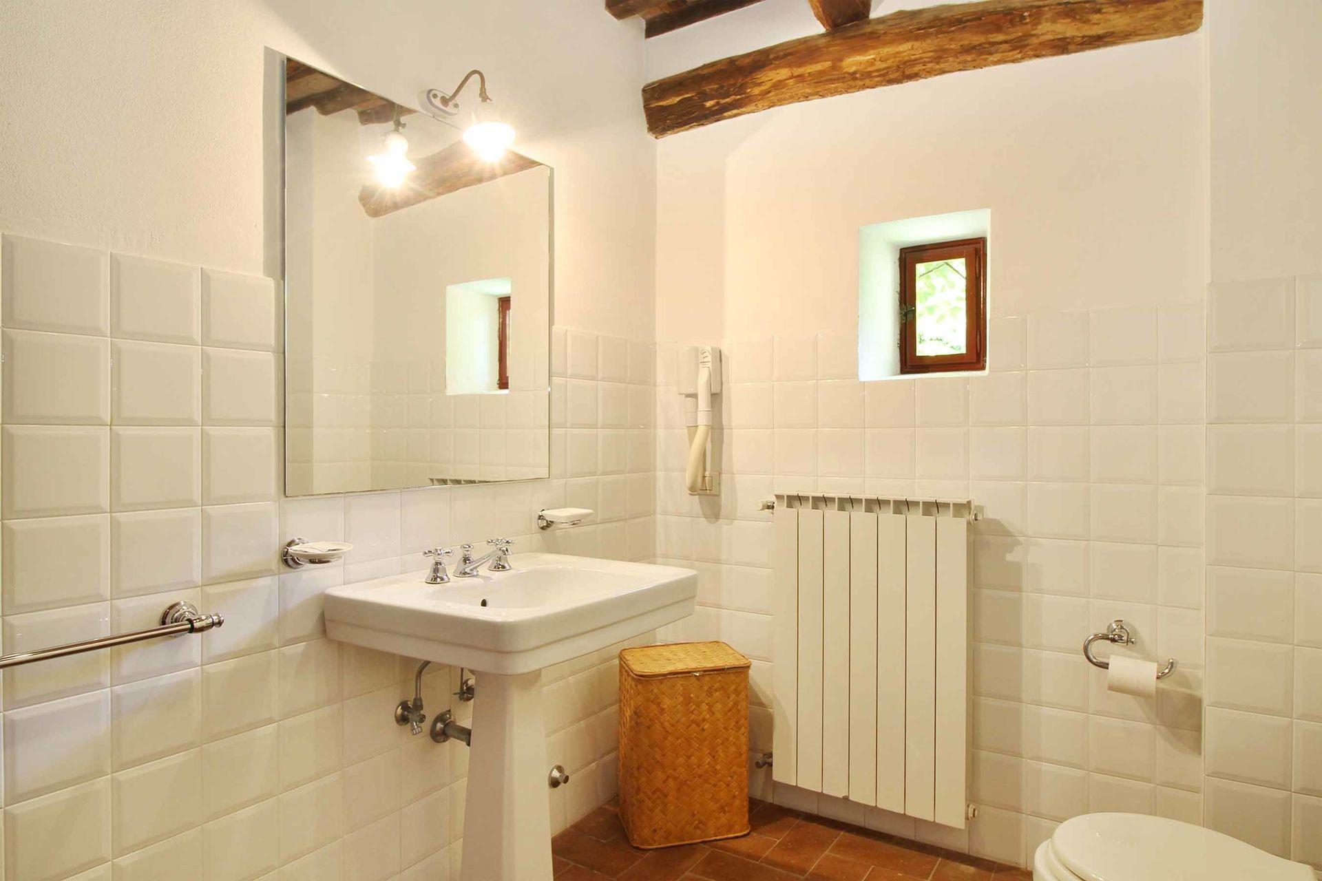 Le casine casa vacanze con 34 posti letto in 17 camere for Casine di legno prezzi
