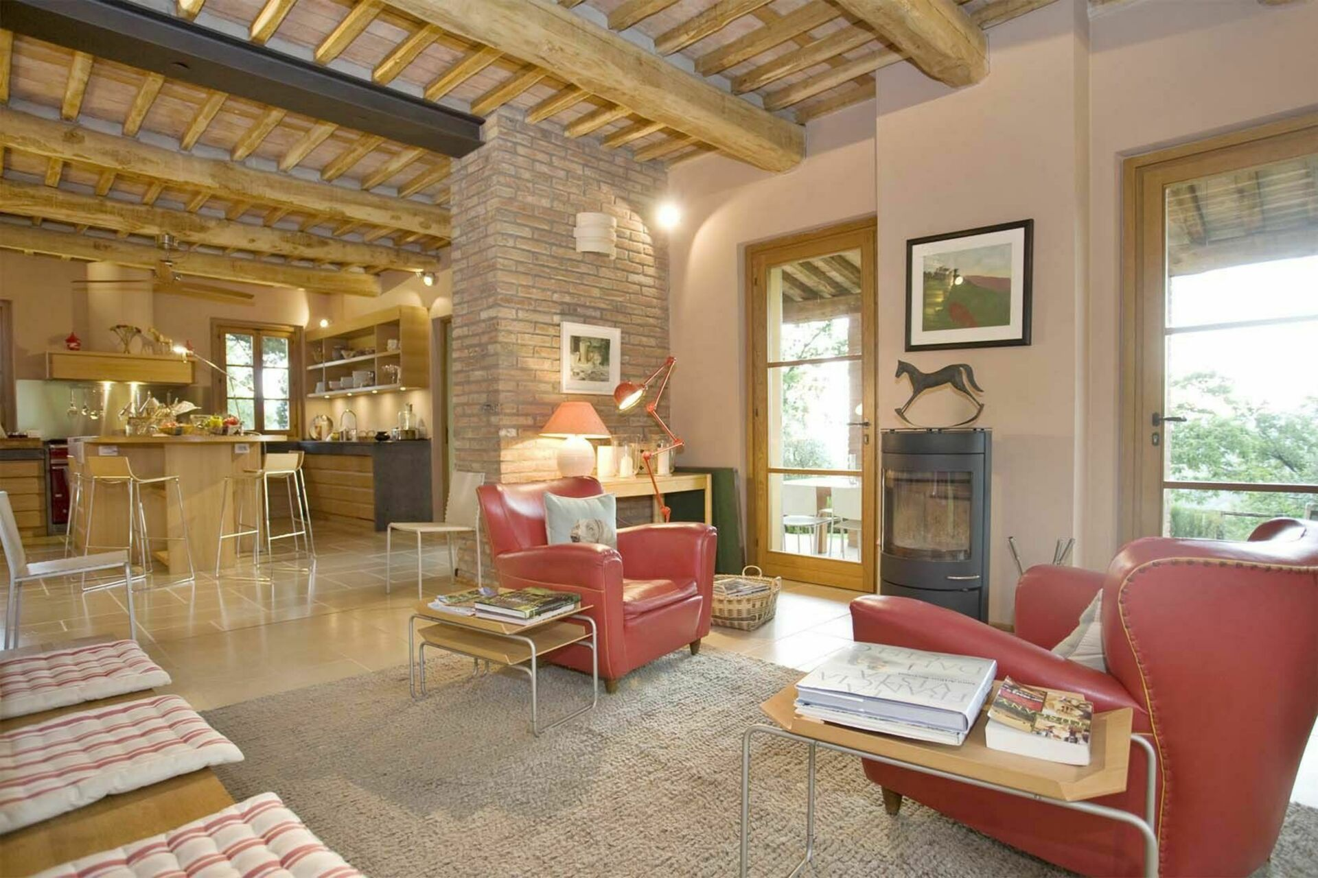 La corte malgiacca casa vacanze con 10 posti letto in 5 for Living room ideas villa
