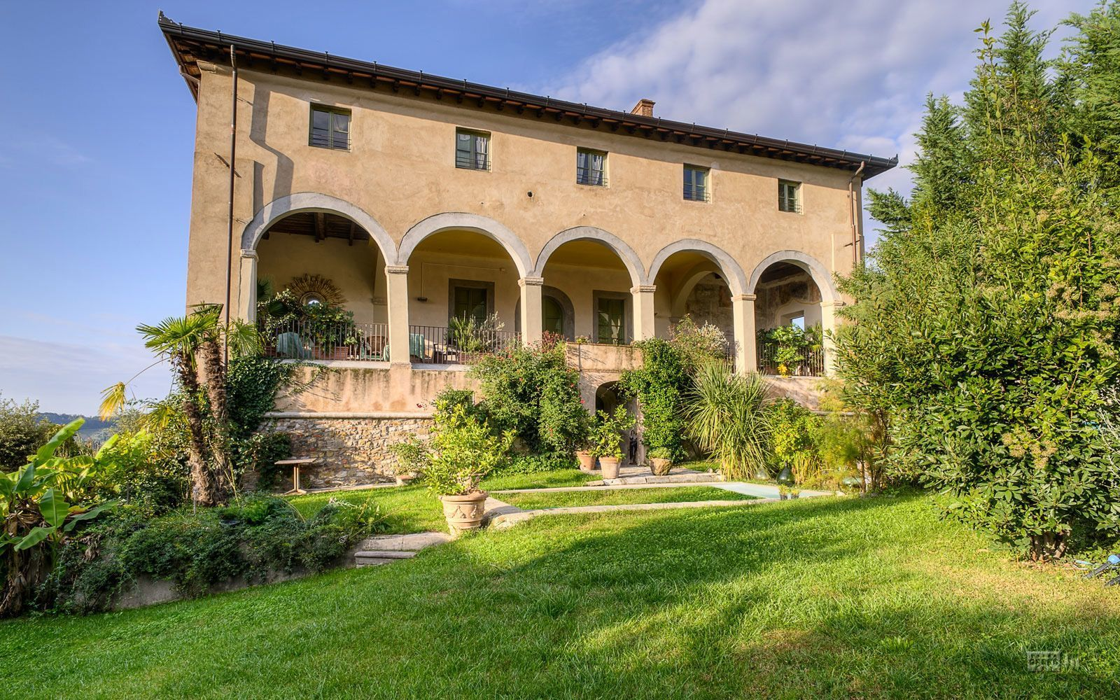 lucca villa vacation rental villa del giglio that sleeps 20 people