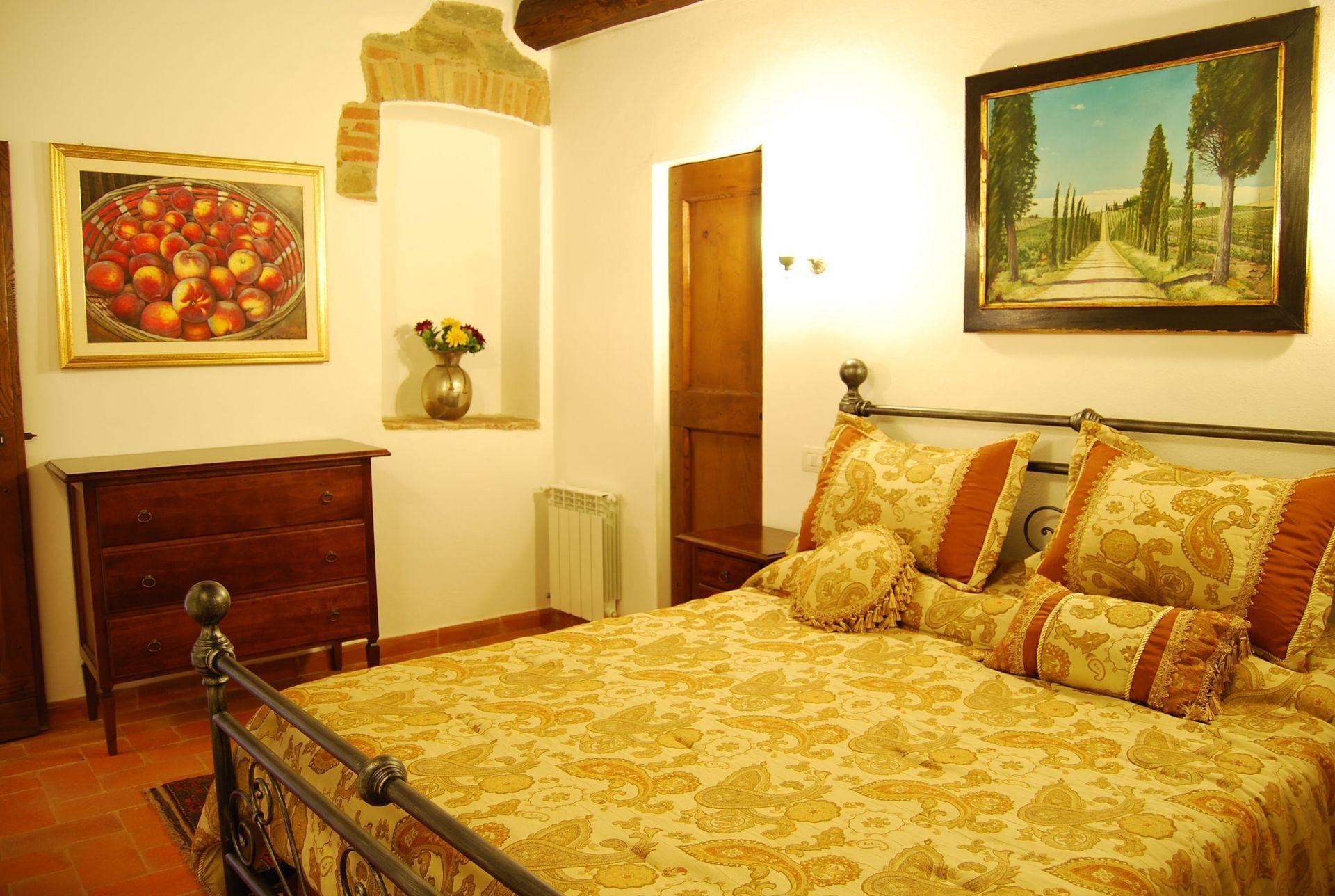 Nr 6 posti letto 4 in 2 camere casa vacanza a cortona for Branson cabin rentals 4 camere da letto