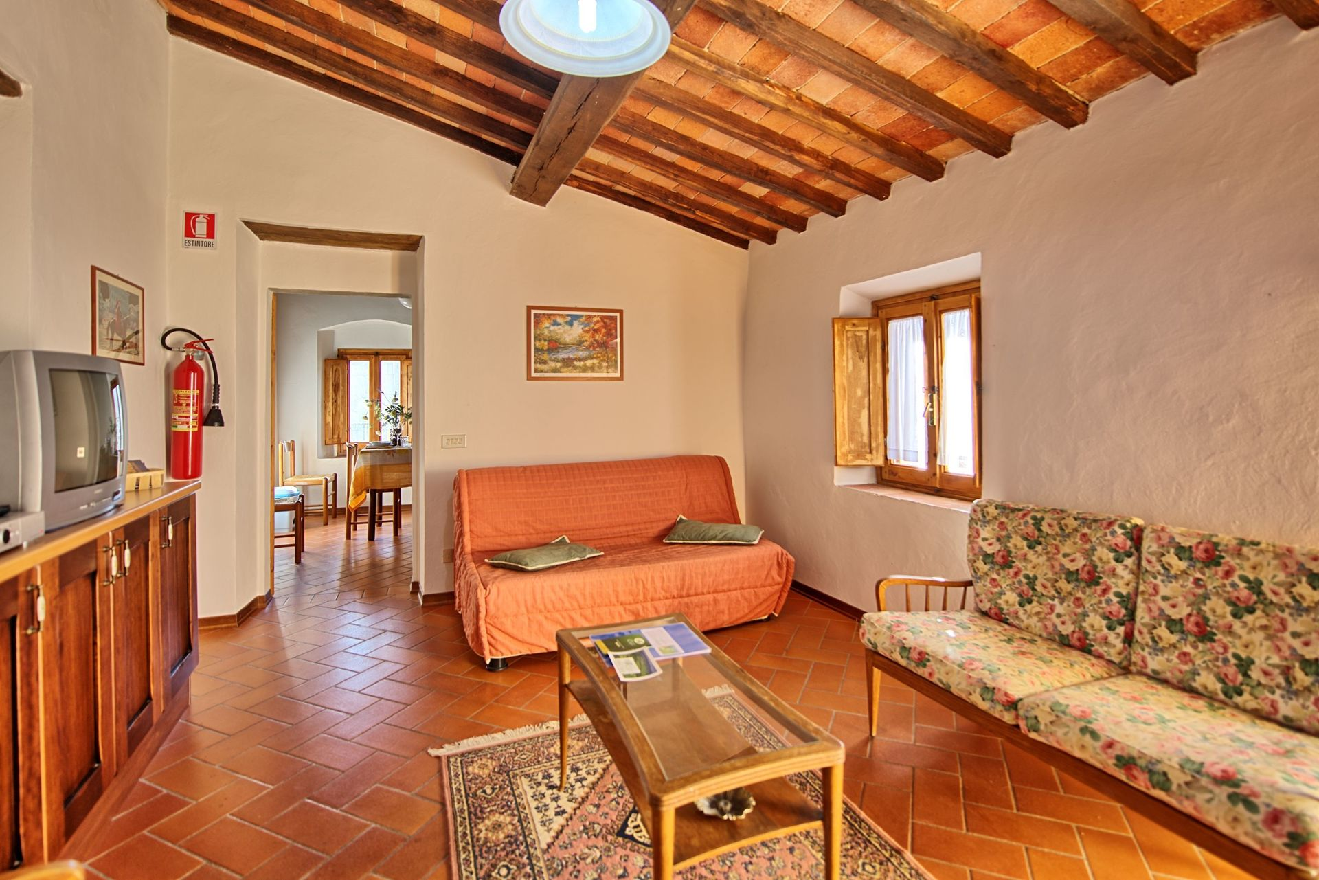 Accommodation mercatale 1 passo dei pecorai tuscany italy - Estintore in casa ...
