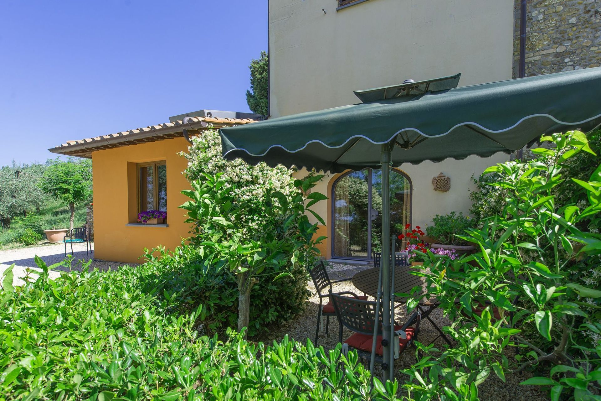 Visconti posti letto 5 in 2 camere casa vacanza a for 5 camere da letto 4 bagni