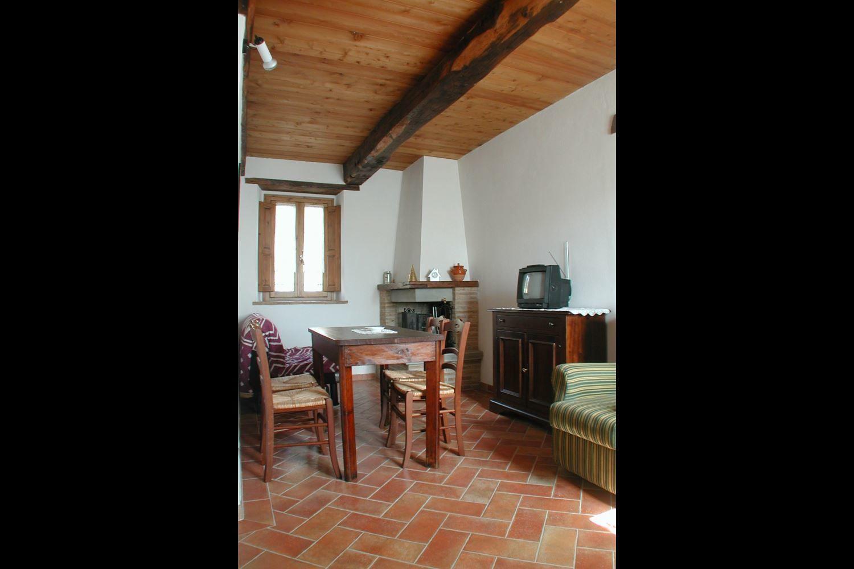 La falcionaia posti letto 4 in 1 camere casa vacanza a for Branson cabin rentals 4 camere da letto
