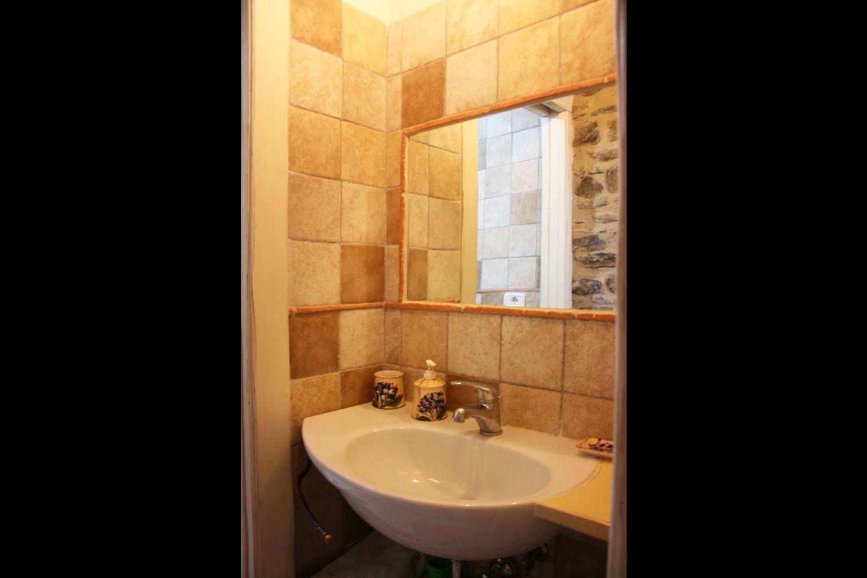 La casa di pino casa vacanze con 4 posti letto in 1 for Branson cabin rentals 4 camere da letto