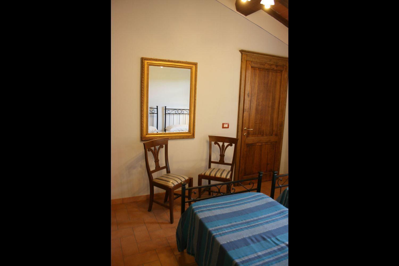Villa aba casa vacanze con 8 posti letto in 3 camere for Branson cabin rentals 4 camere da letto