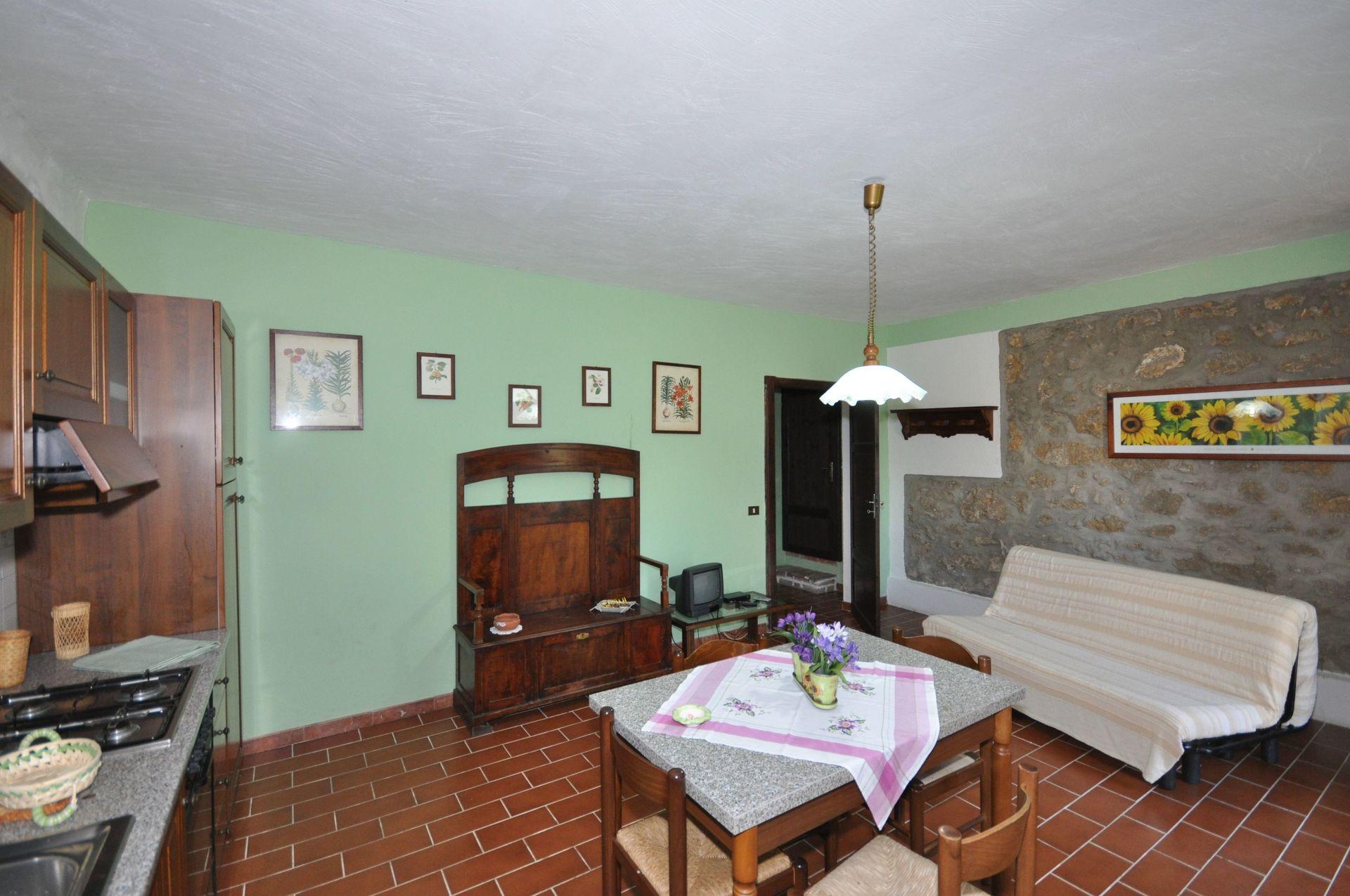 Matilde 6 - Posti Letto 4 in 1 Camere  Casa vacanza a Pomarance, Toscana, Italia.