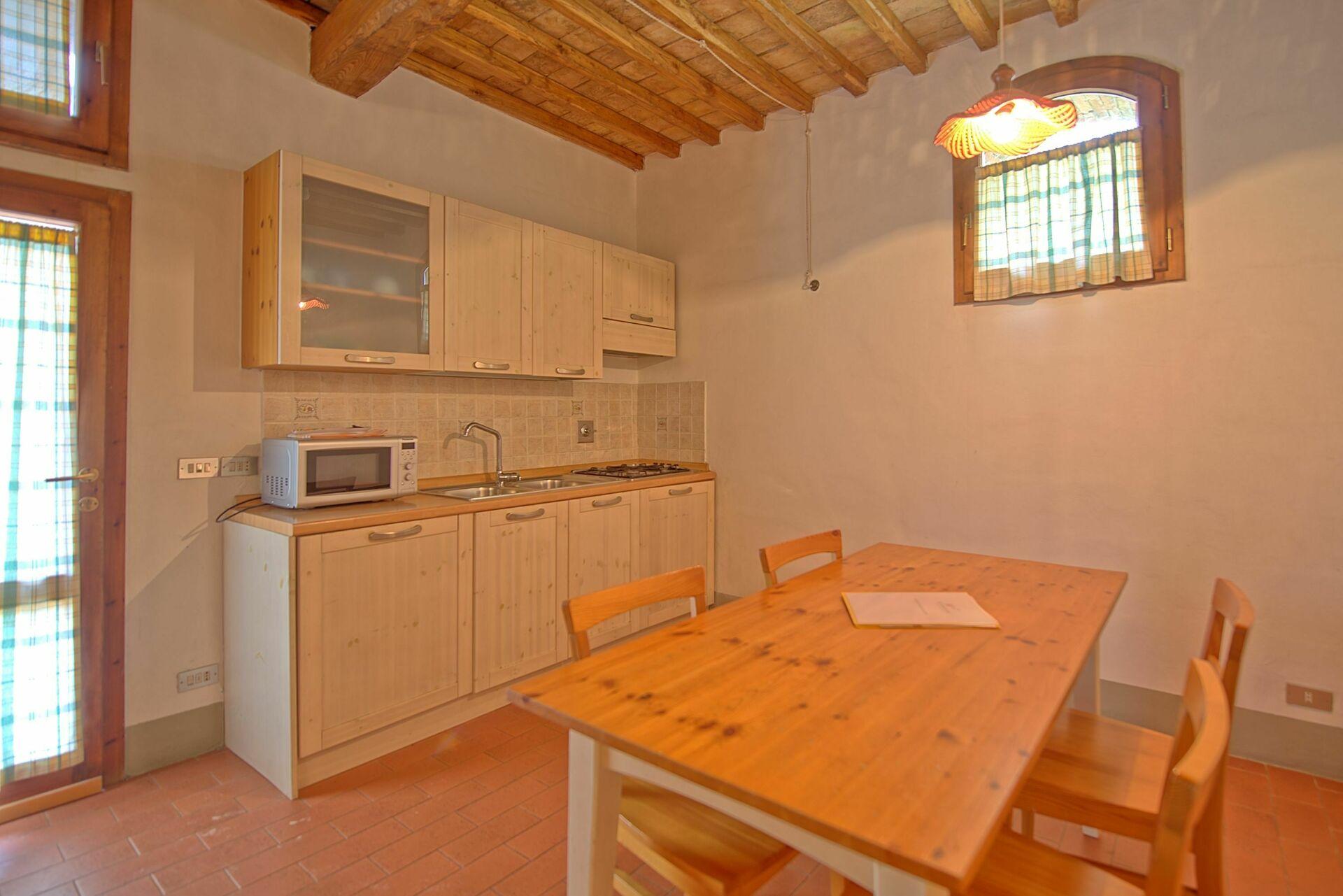 Ciliegio 12 posti letto 4 in 1 camere casa vacanza a for 5 camere da letto 4 bagni