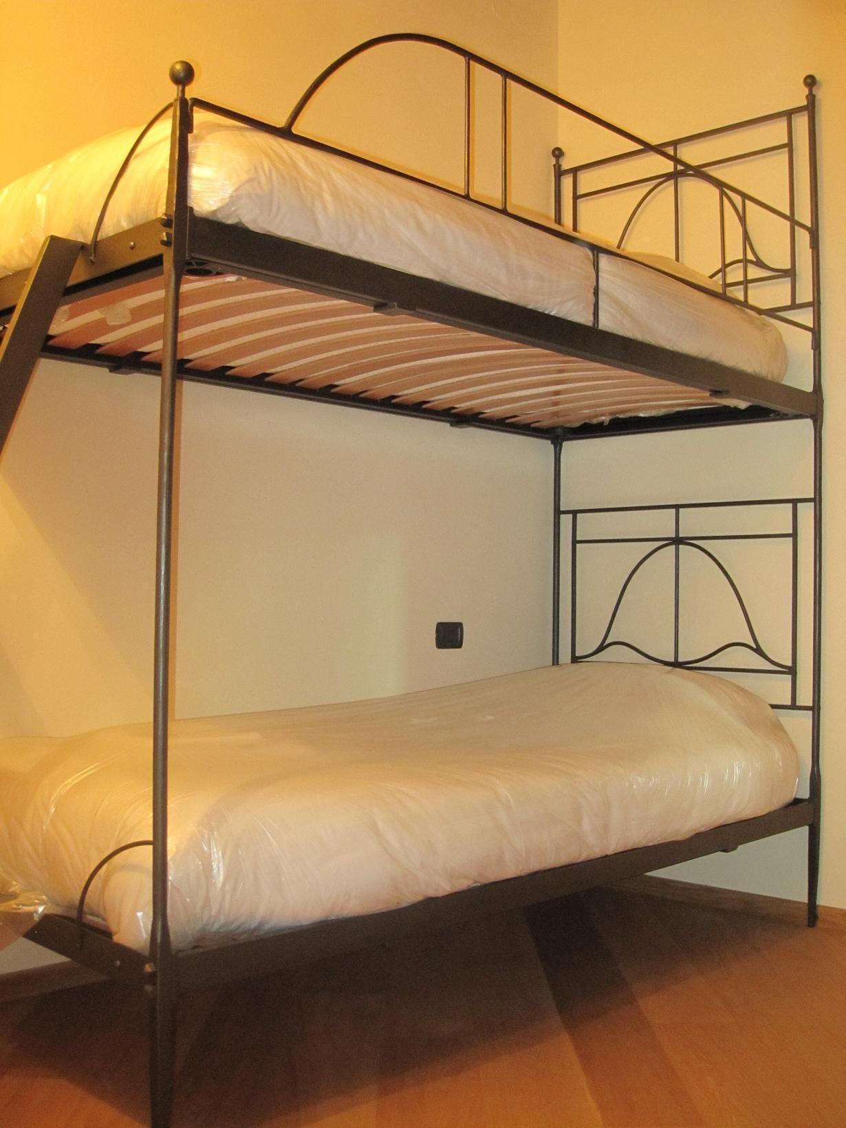Casa girasole posti letto 4 in 2 camere casa vacanza a for Branson cabin rentals 4 camere da letto