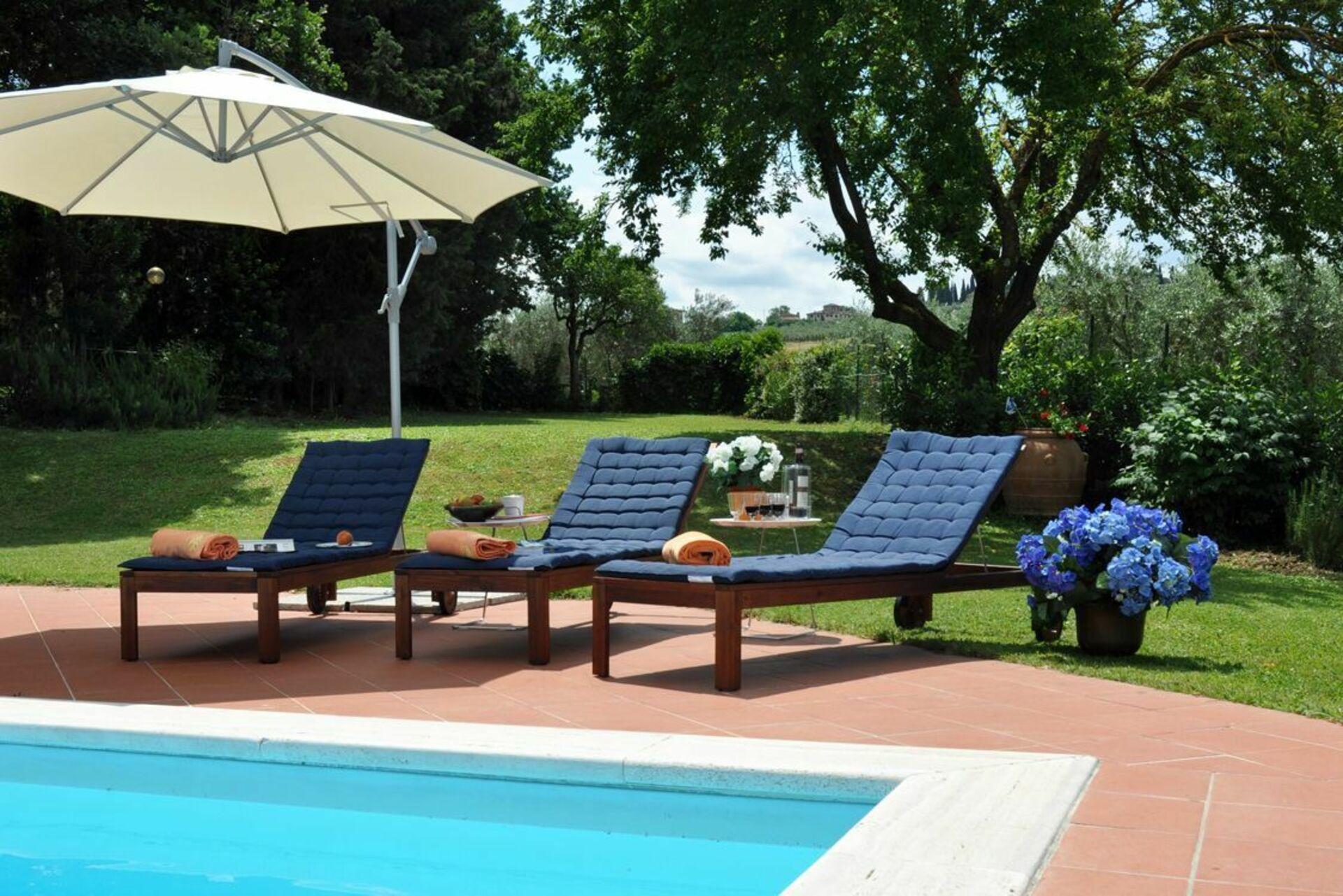 San carlo casa vacanze con 10 posti letto in 5 camere - Piscina san carlo ...