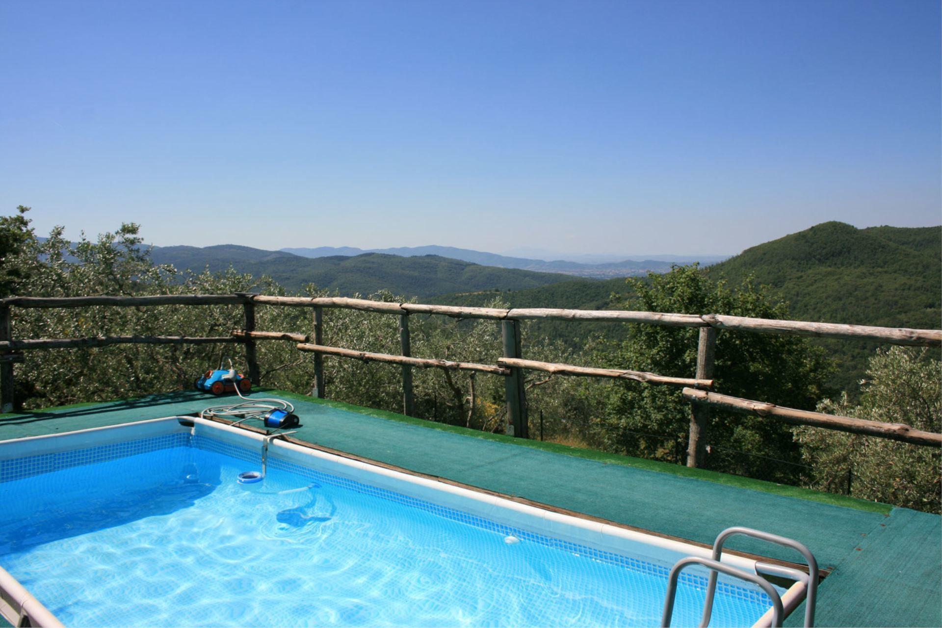 Piaggia Di Sopra Villa Vacation Rental La Casina Del Bosco