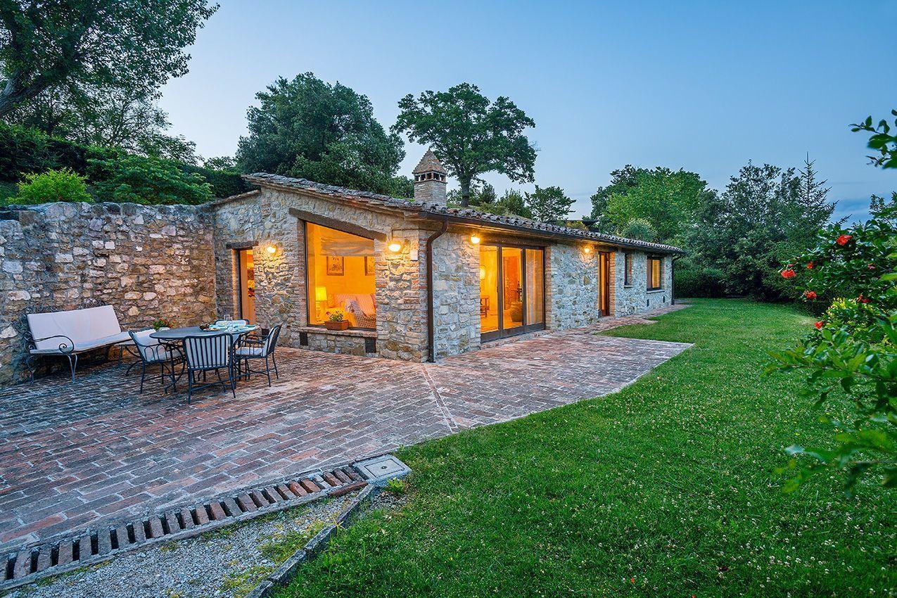 Bastia 5 posti letto 3 in 1 camere casa vacanza a for Immagini di case rustiche
