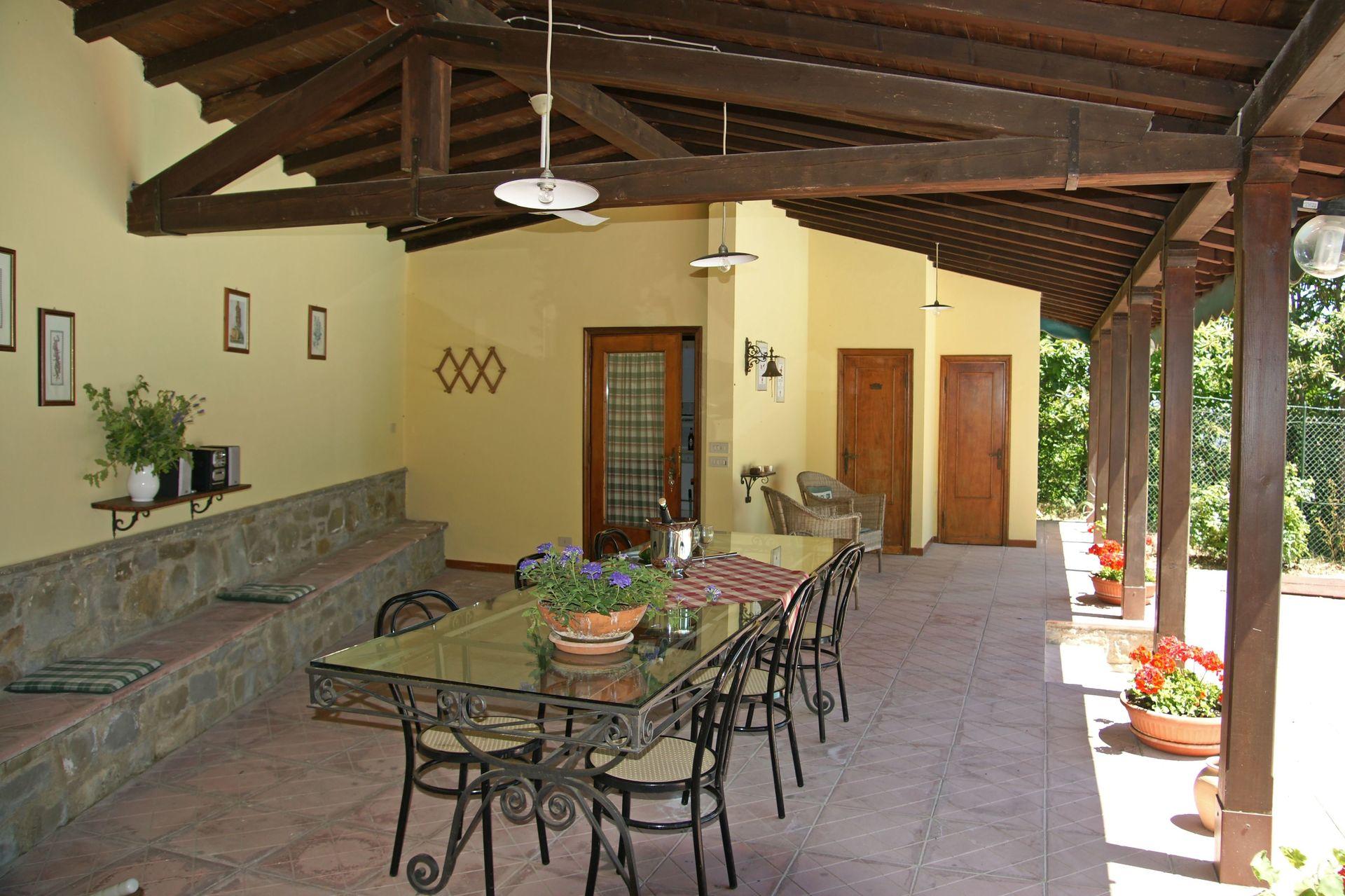 Camera Da Letto Rossella : Casa rossella casa vacanze con 10 posti letto in 4 camere monte