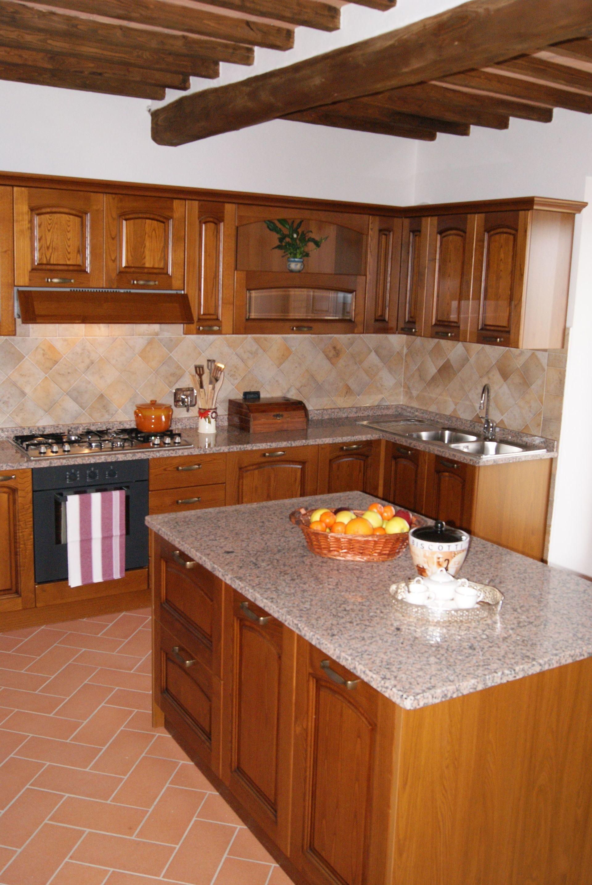 La capanna leopoldina casa vacanze con 10 posti letto in for Capanna con 4 camere da letto
