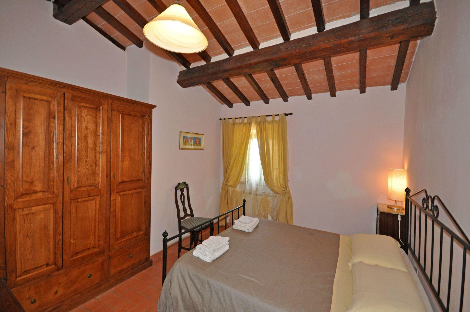 Villa dame casa vacanze con 12 posti letto in 5 camere for Villa con 5 camere da letto