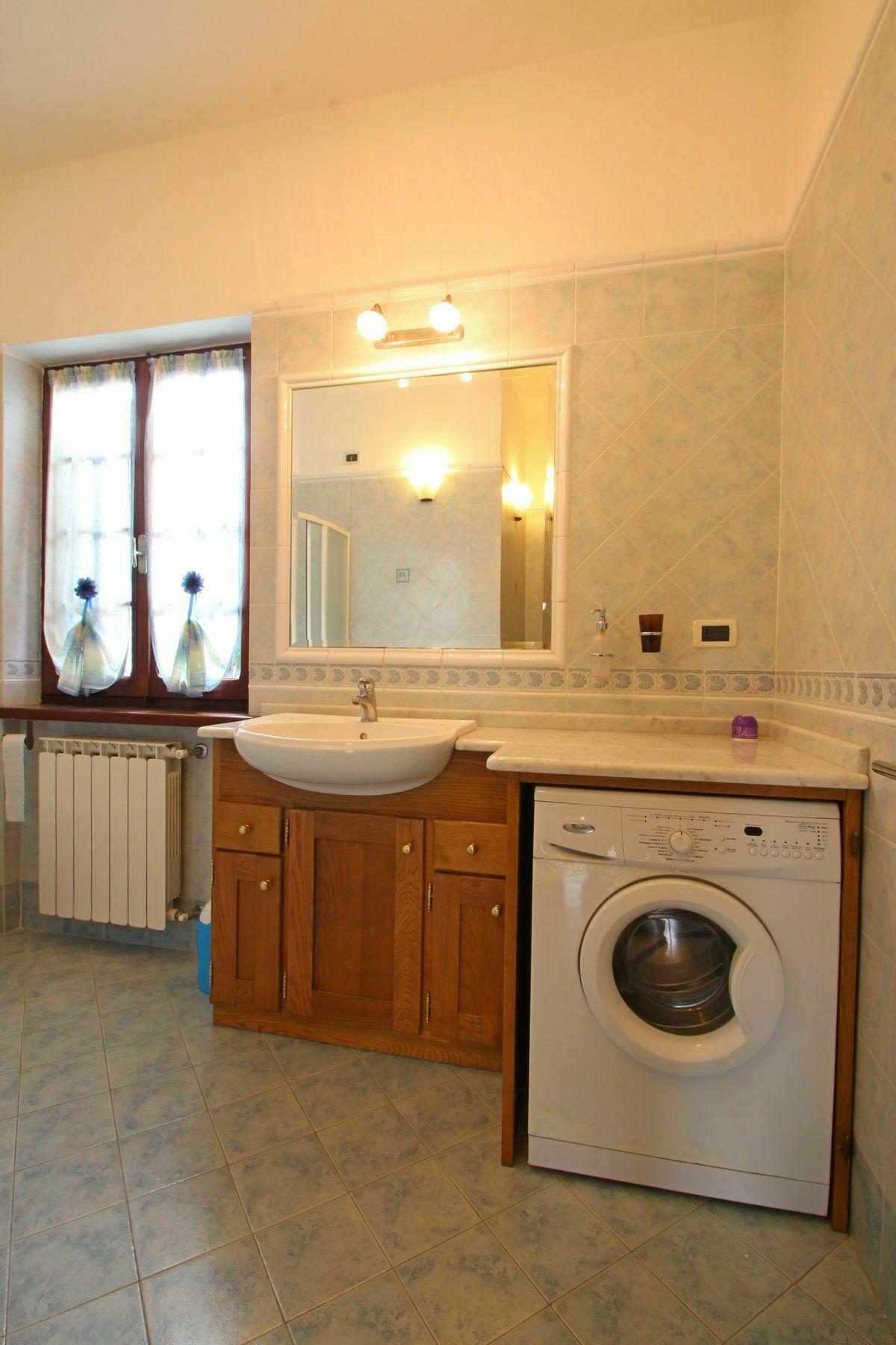 Casa eleonora casa vacanze con 5 posti letto in 2 camere - Piano casa toscana ...