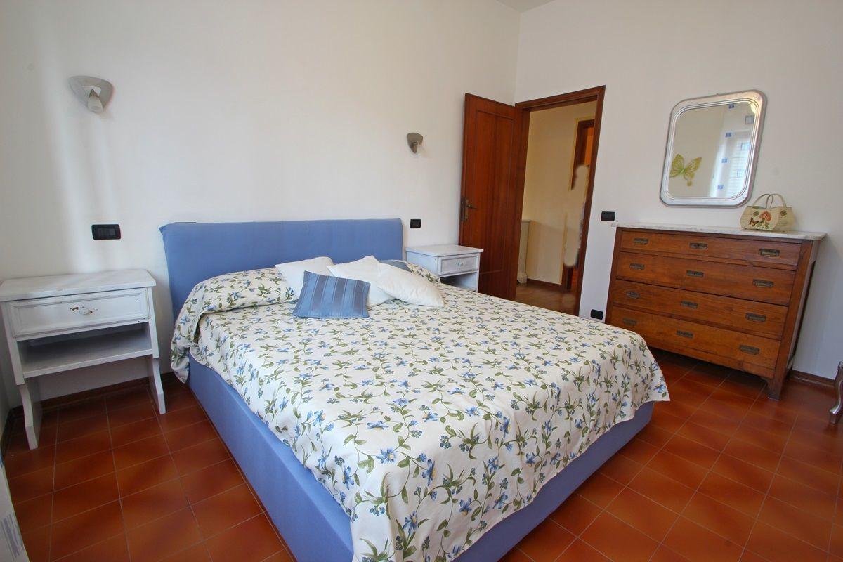 Casa eleonora casa vacanze con 5 posti letto in 2 camere for 5 camere da letto piano piano doppio