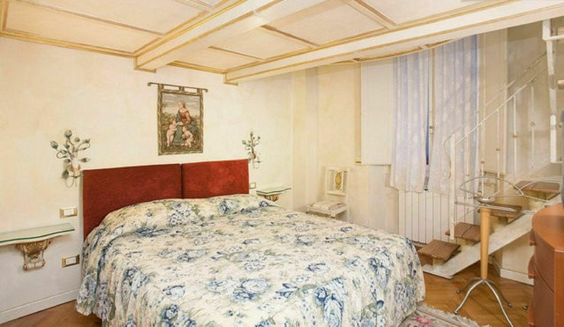Appartamento renata casa vacanze con 6 posti letto in 3 camere firenze toscana italia - Camere da letto firenze ...