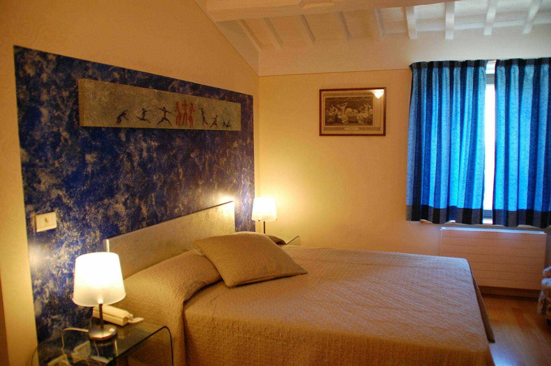 serra sleeps 9 in 5 bedrooms cetona vacation rental tuscany italy